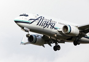which airlines fly to hawaii